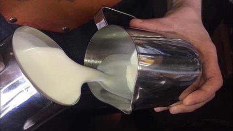 Выбираем идеальное молоко для кофейни