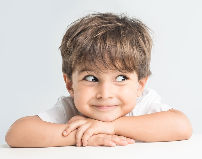 Что подарить мальчику на 23 февраля?