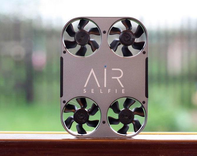 Сравним Airselfie 2 с похожими устройствами