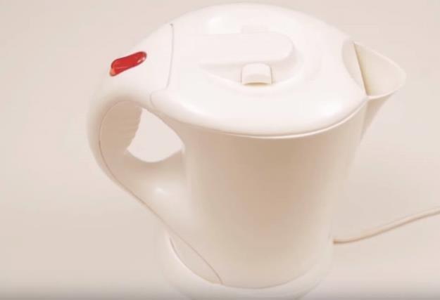 Как удалить накипь на дне чайника без химии. Рецепт.