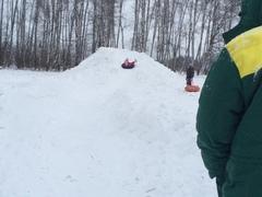 Снежная горка в «Романовском Парке»