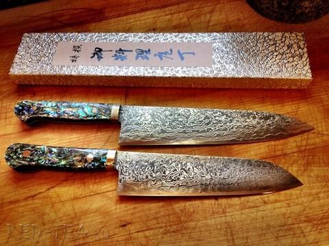 Какие ножи производит Hiroo Itou?