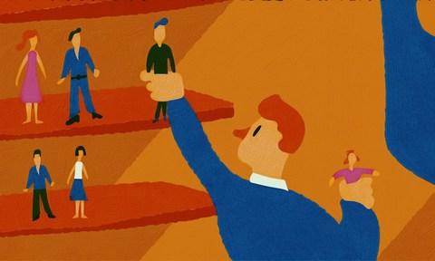 Как собрать базу клиентов и не попасть на штраф?