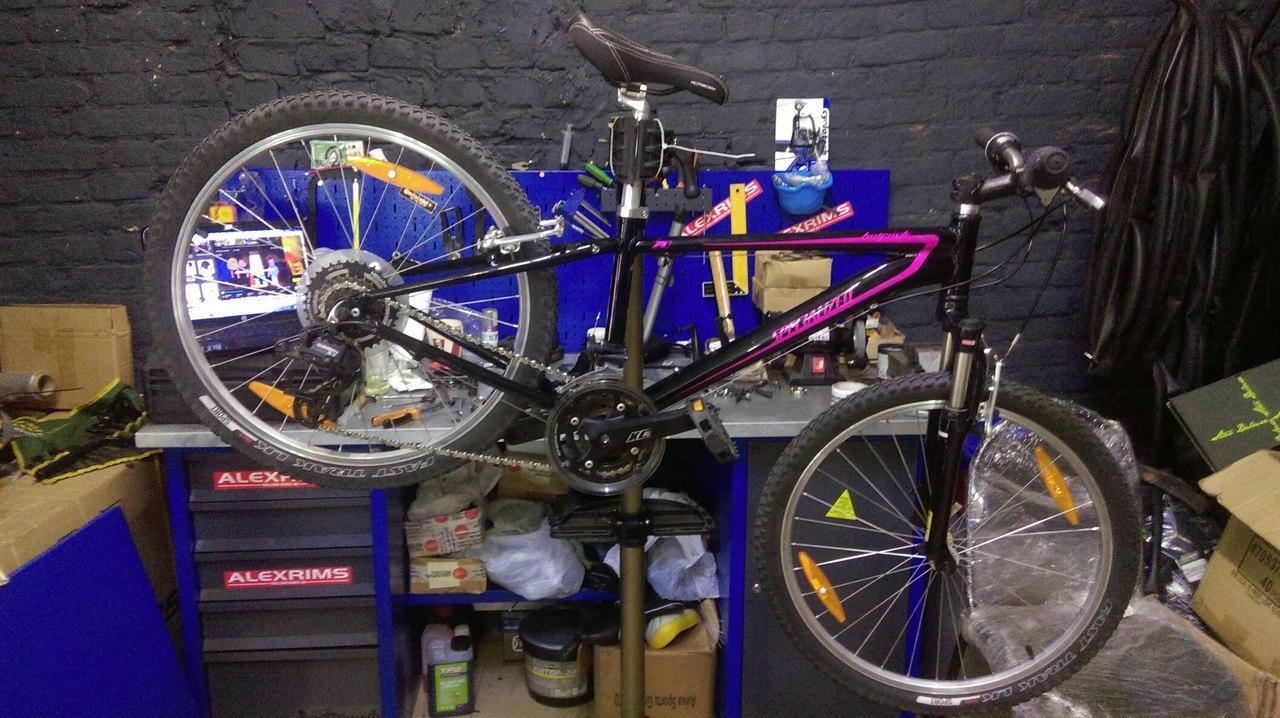 Переборка велосипеда Specialized Hotrock 24 JR, сравнение с Fuji Dynamite