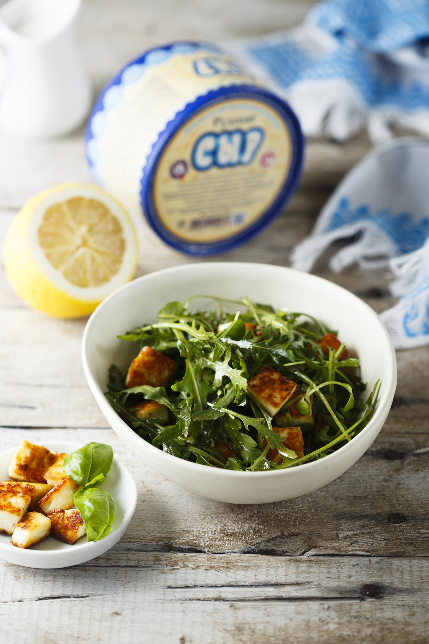 Салат с жареным Рузским Сыром