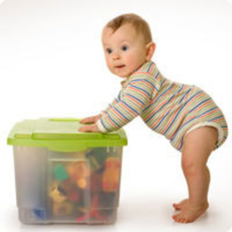 Развитие малыша в 9 месяцев