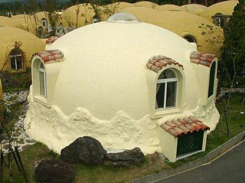 Купольные дома из пенопласта. Привет из Японии.