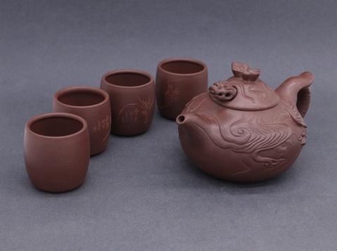 Исинские чайники