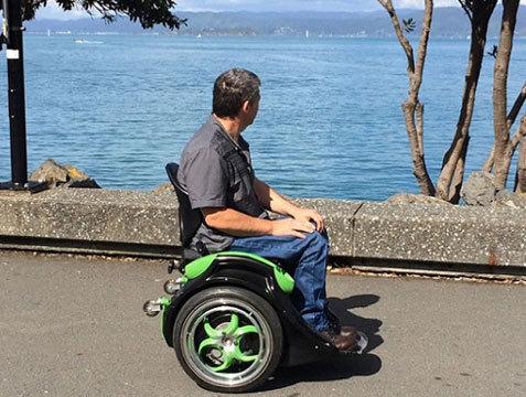 Самобалансирующаяся кресло-каталка Ogo для инвалидов