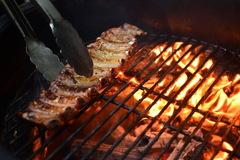Аппетитные свиные ребра на гриле: тонкости приготовления
