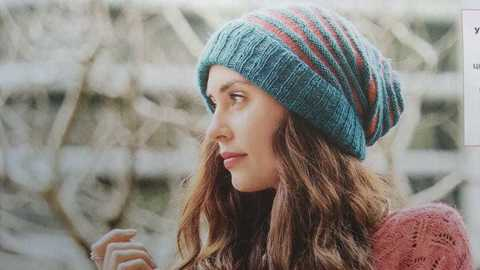 Описание шапки из журнала Сабрина за октябрь 2018
