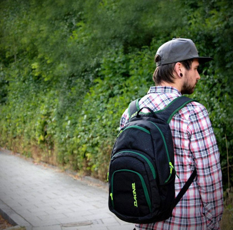 Обзор городского рюкзака Dakine Campus 25