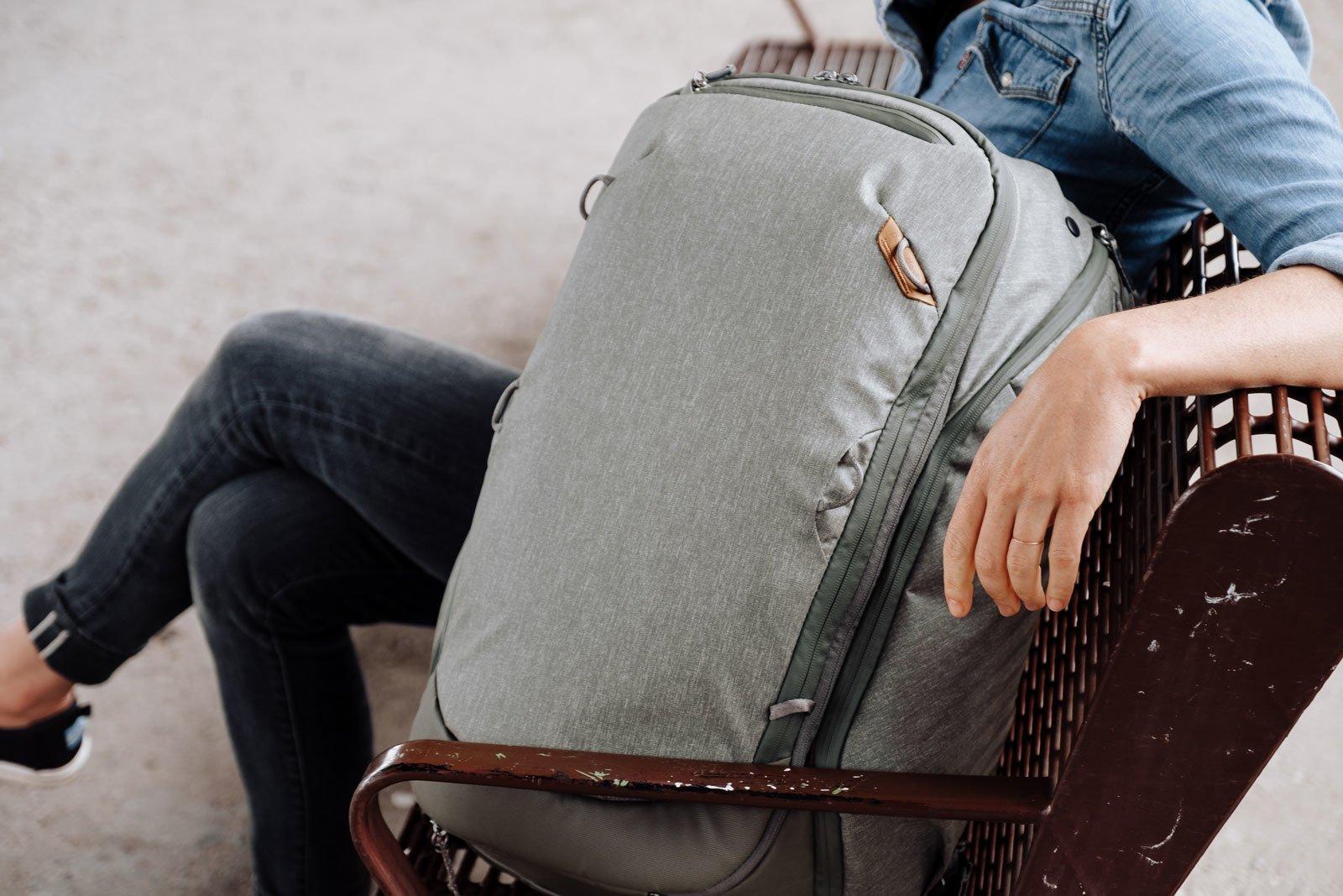 Обзор рюкзака Peak Design Travel Backpack