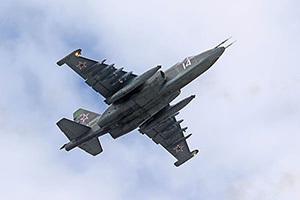В Барановичах модифицировали Су-25