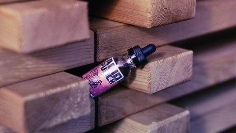 Обзор на жидкость для электронных сигарет ACID PUNCH (США)