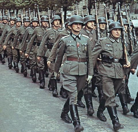 Немецкие военные ремни времен Второй мировой войны.