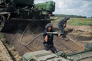 Эвакуация танков в Омске