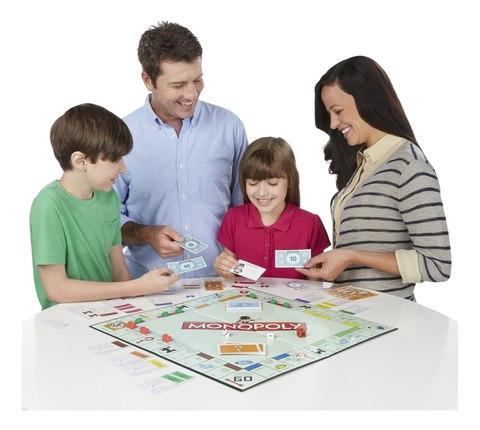 Настольные игры сплочают семью