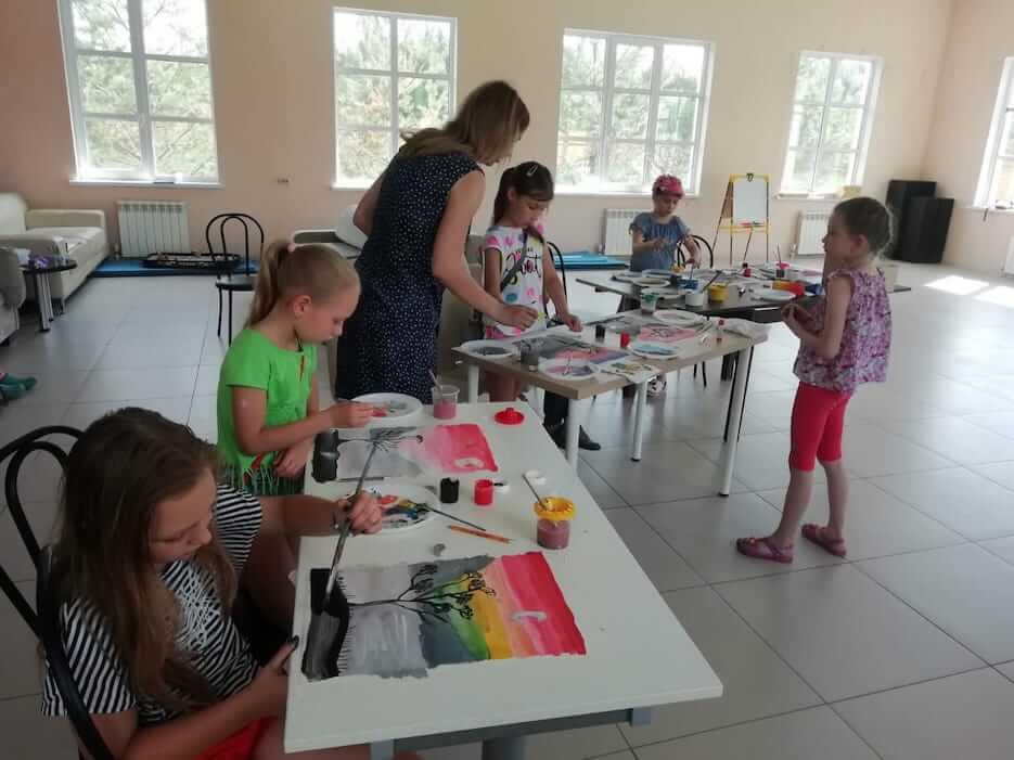 Уроки рисования в «Романовском Парке»