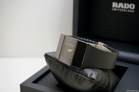 История Rado:  Часы с твердостью бриллианта!