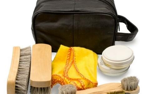 Как почистить кожаную сумку