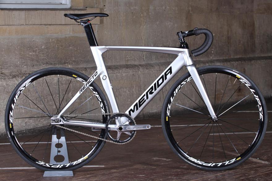 Обзор велосипеда Merida Reacto Track 900