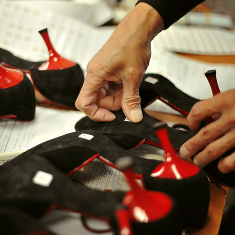 TopDance: производство одежды и обуви для танцев