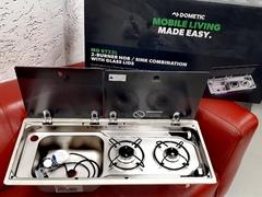 Dometic MO 9722L - комбинация из варочной панели и мойки.
