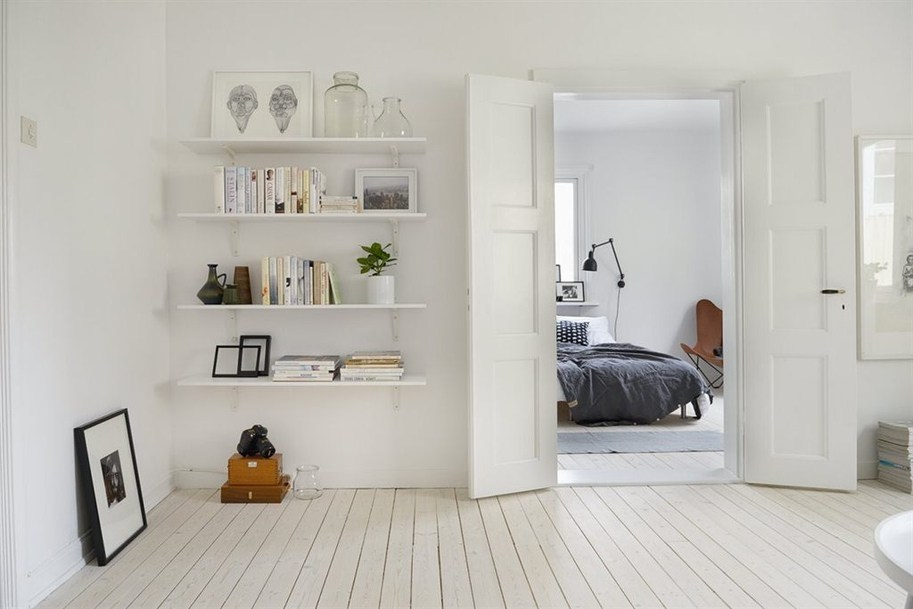 Универсальный цвет для межкомнатных дверей