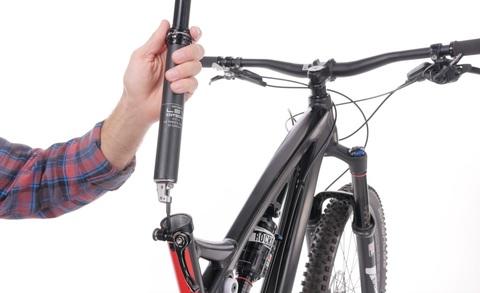 Ремонт велосипеда: Как установить гидравлический подседельный штырь