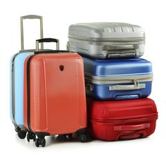 Пластиковые чемоданы на колесах из поликарбоната и ABS-пластика 721f74c266f