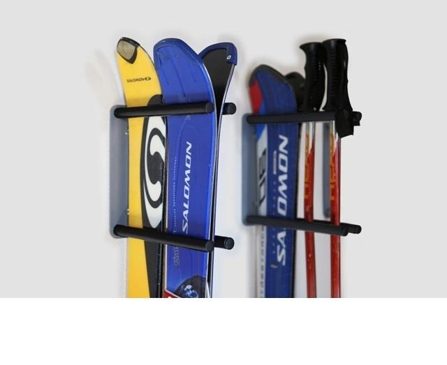 Крюки, подставки и стойки для лыж и сноубордов (крепление к стене)