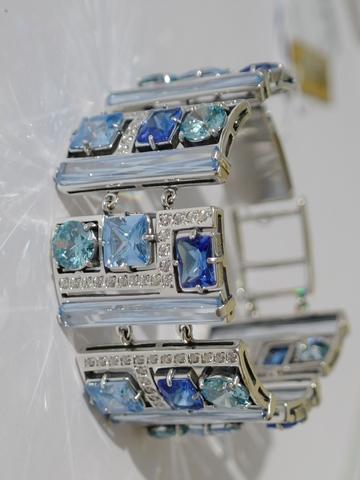 Купить Серебряные браслеты в ювелирном магазине.Каталог и сайт ... 5b85d69f858