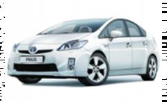 Чехлы на Toyota Pirus