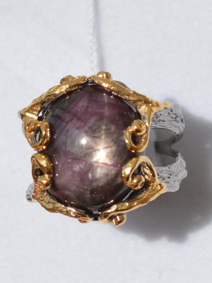 Корунд зв. (серебряное кольцо с позолотой)