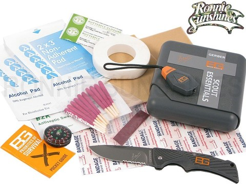Bear Grylls Survival Scout Essentials Kit Набор выживания