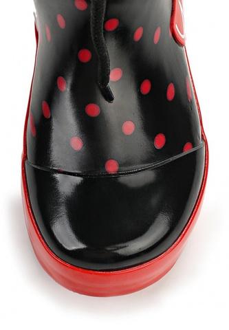 Резиновые сапоги Минни Маус (Minnie Mouse) на шнурках для девочек, цвет черный красный. Изображение 6 из 8.