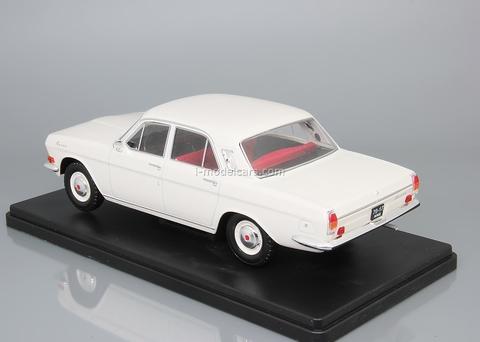 GAZ-24 Volga white 1:24 Legendary Soviet cars Hachette #8