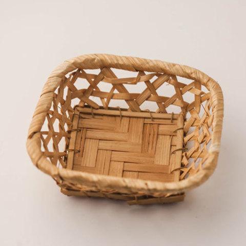 Корзинка для мыла плетеная квадратная