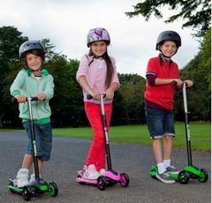 Самокат трехколесный для детей от 5 лет Yvolution Glider XL зеленый