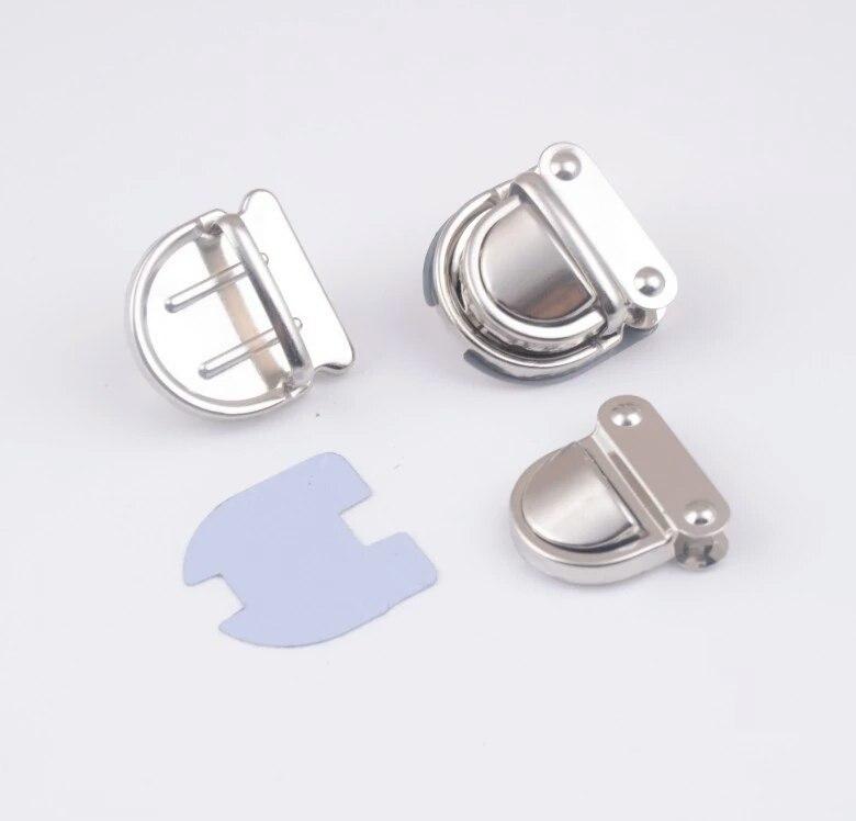 Застежки Портфельный замок маленький (серебро) wXscG7MrBAk.jpg