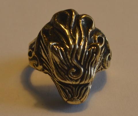 Перстень из бронзы
