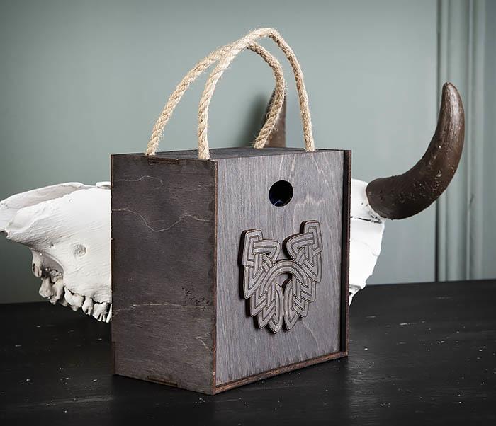 BOX217-1 Большая подарочная коробка с логотипом Бороды фото 02