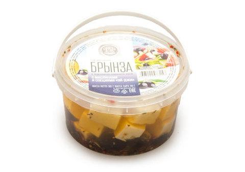Сыр рассольный Брынза с маслинами, 305г