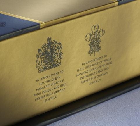 *Подарочная коробка Parker с фирменной записной книжкой123