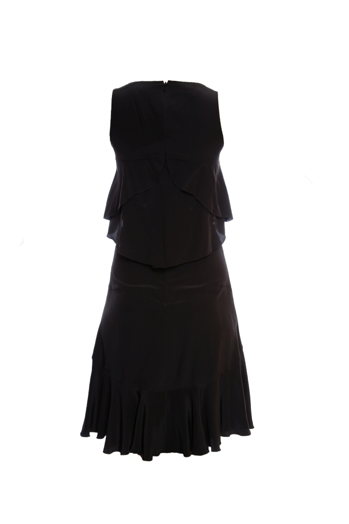 Женственное платье из шелка черного цвета от Chanel, 34 размер.