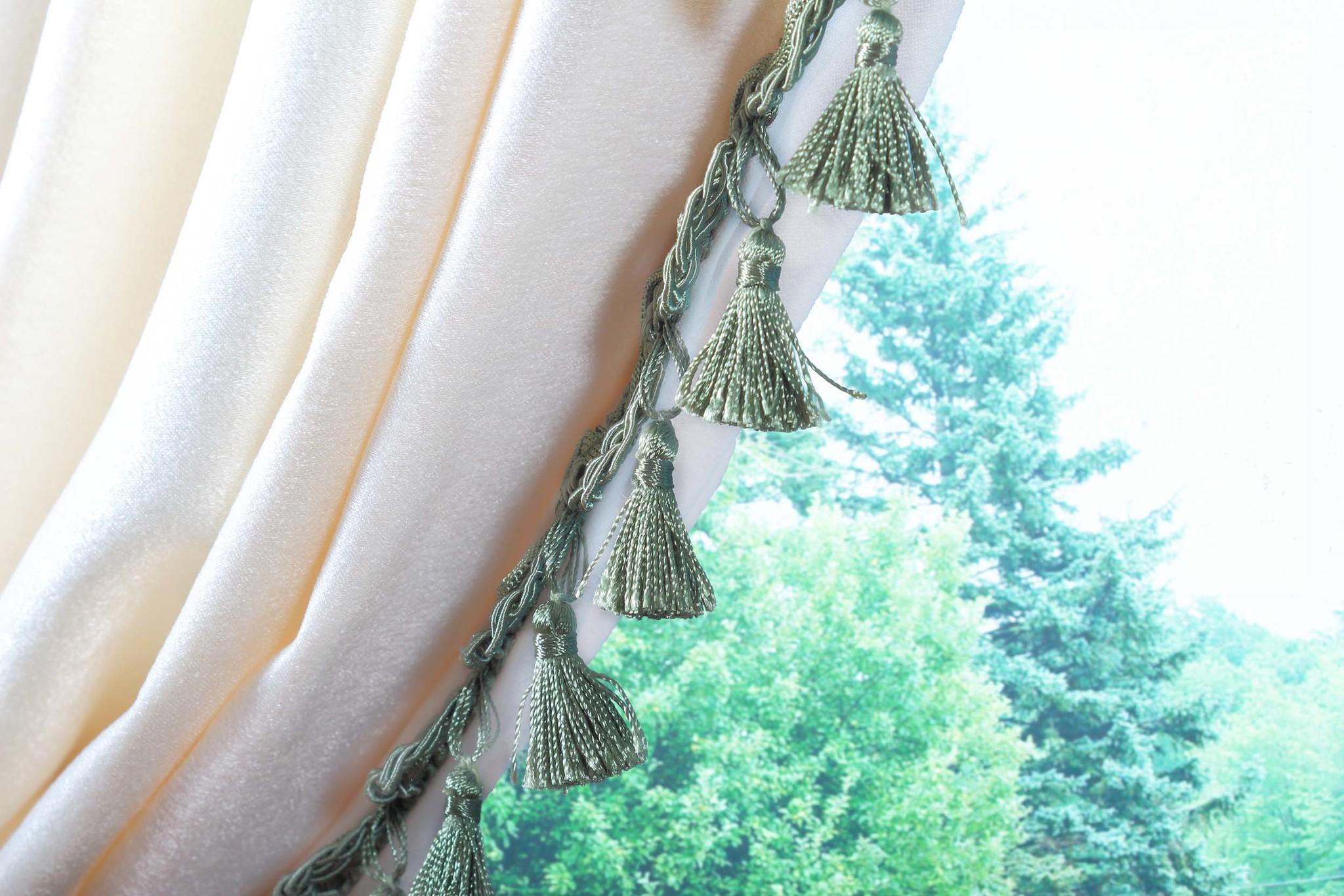 Длинные шторы. Мишель с бахромой (молочный)