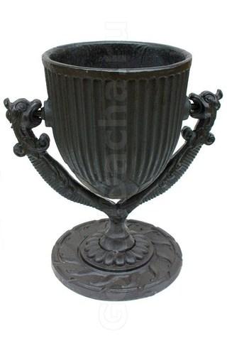 Урна чугунная литая «Грифон»