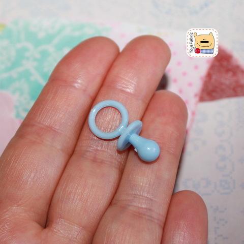 Соска пустышка пластиковая (голубая S) М119