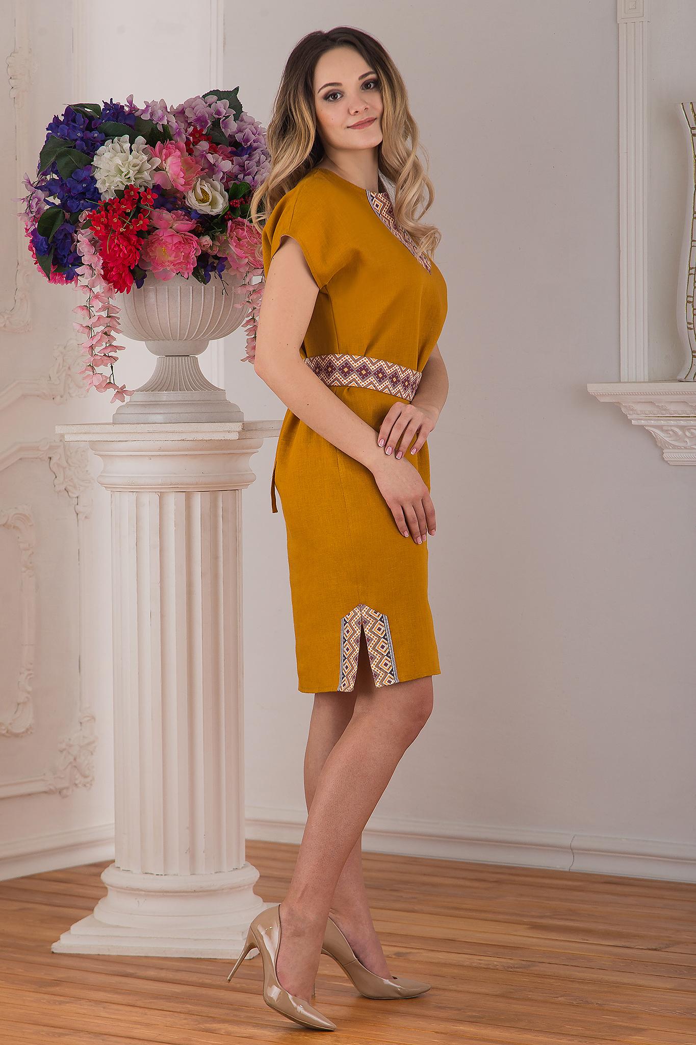 Современное льняное платье Византия от Иванка вид сбоку